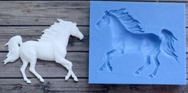 Running horse silicone mould, 6.5x5.5cm