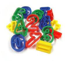 Numbers and symbol fondant/cookie cutters, 0 = 5.5cm