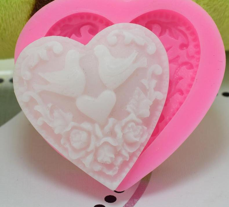 Mandarin Duck heart silicone mould,, size of mould 5.5x5.2cm