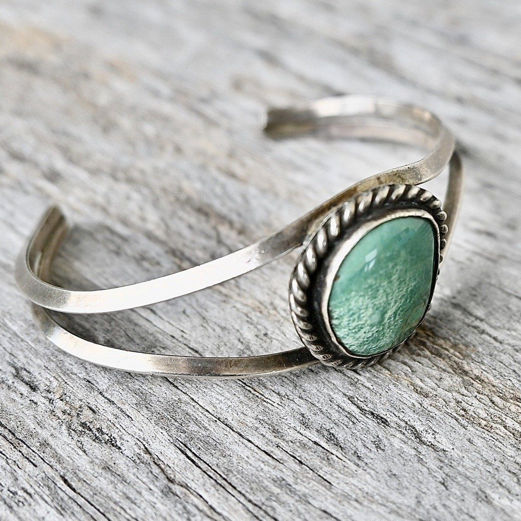 Vintage Navajo Cuff Bracelet Silver Green Turquoise Stone