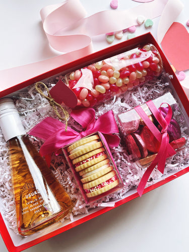 Pink Sweetheart Box