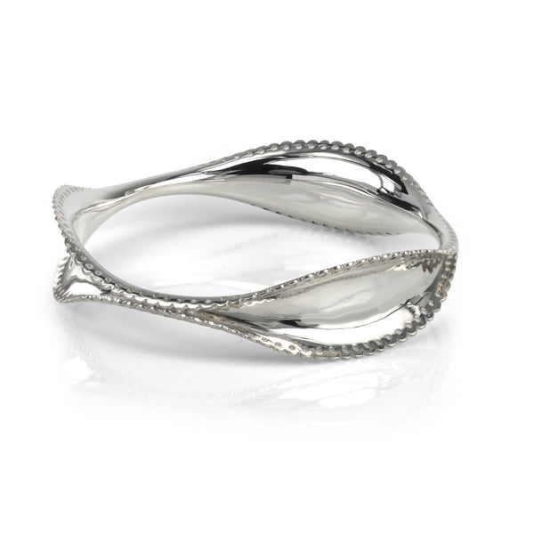 Flourish Bangle Scalloped Edges