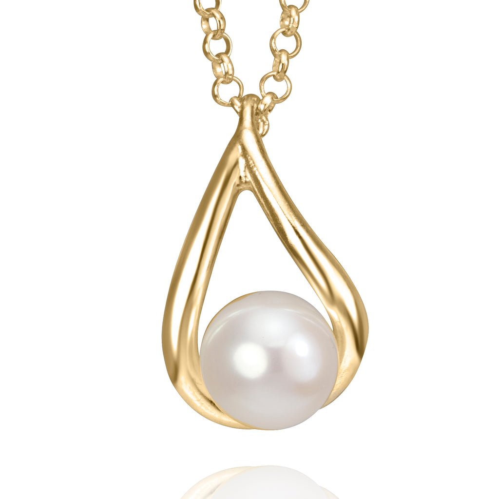 Petal Necklace 18K Gold With Fresh Water Pearl