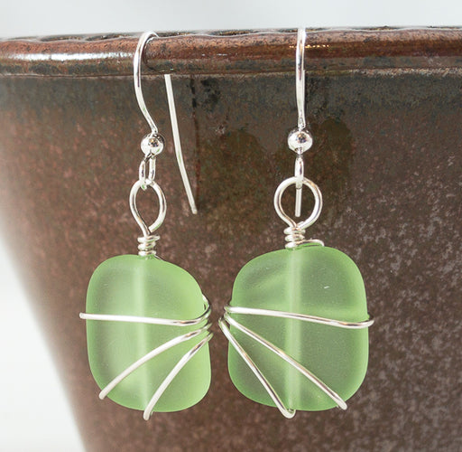 Earrings - Freeform Wraps - Small - Peridot Green