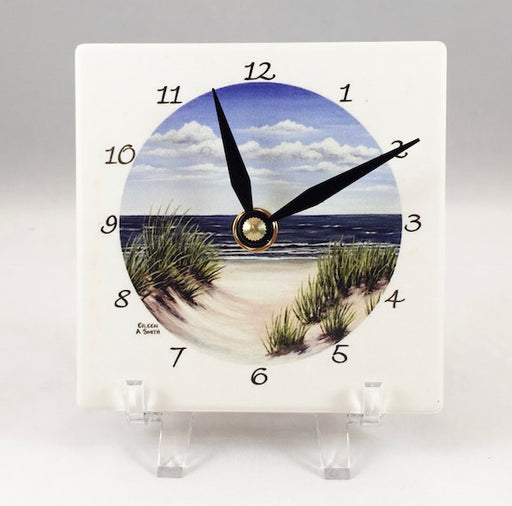 Clock - Desk - Dune Grass - Black Hand