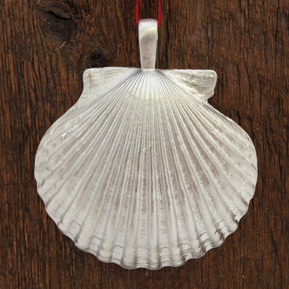 Ornament - Pendant Scallop Shell with Bail