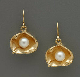 Earrings - Pearl in the Oyster - GF - E124