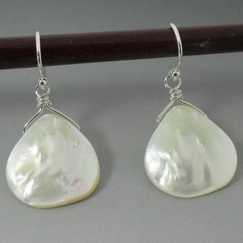 Earrings - Mother of Pearl SS