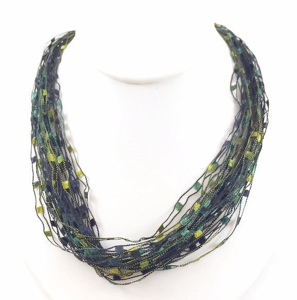 Necklace - Deep Green Grass - 1015