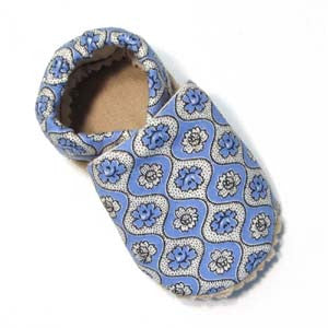 Baby Shoes - 0-6 months - Periwinkle Posies