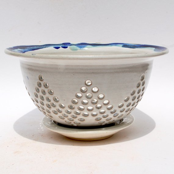 Berry Bowl - Star Pattern - White with Blue/Green