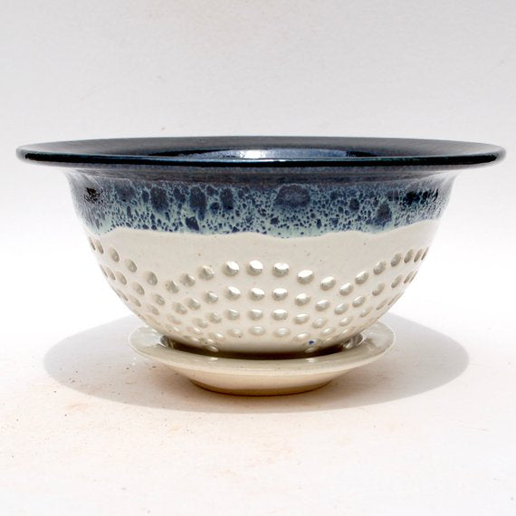 Berry Bowl - Flower Pattern - Black/White