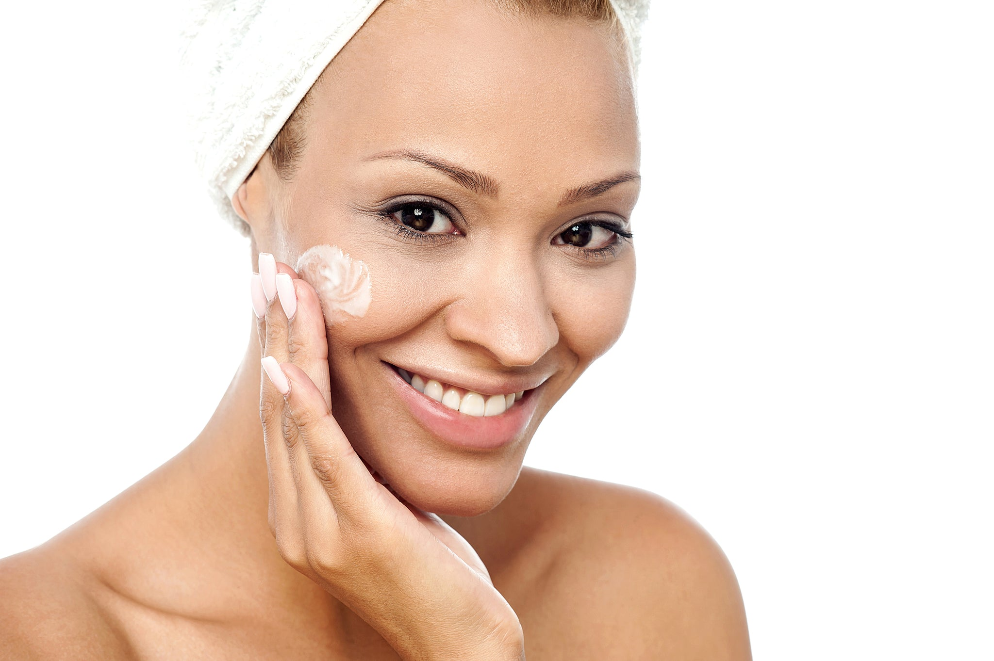 How To Exfoliate Your Face & Why It Needs It