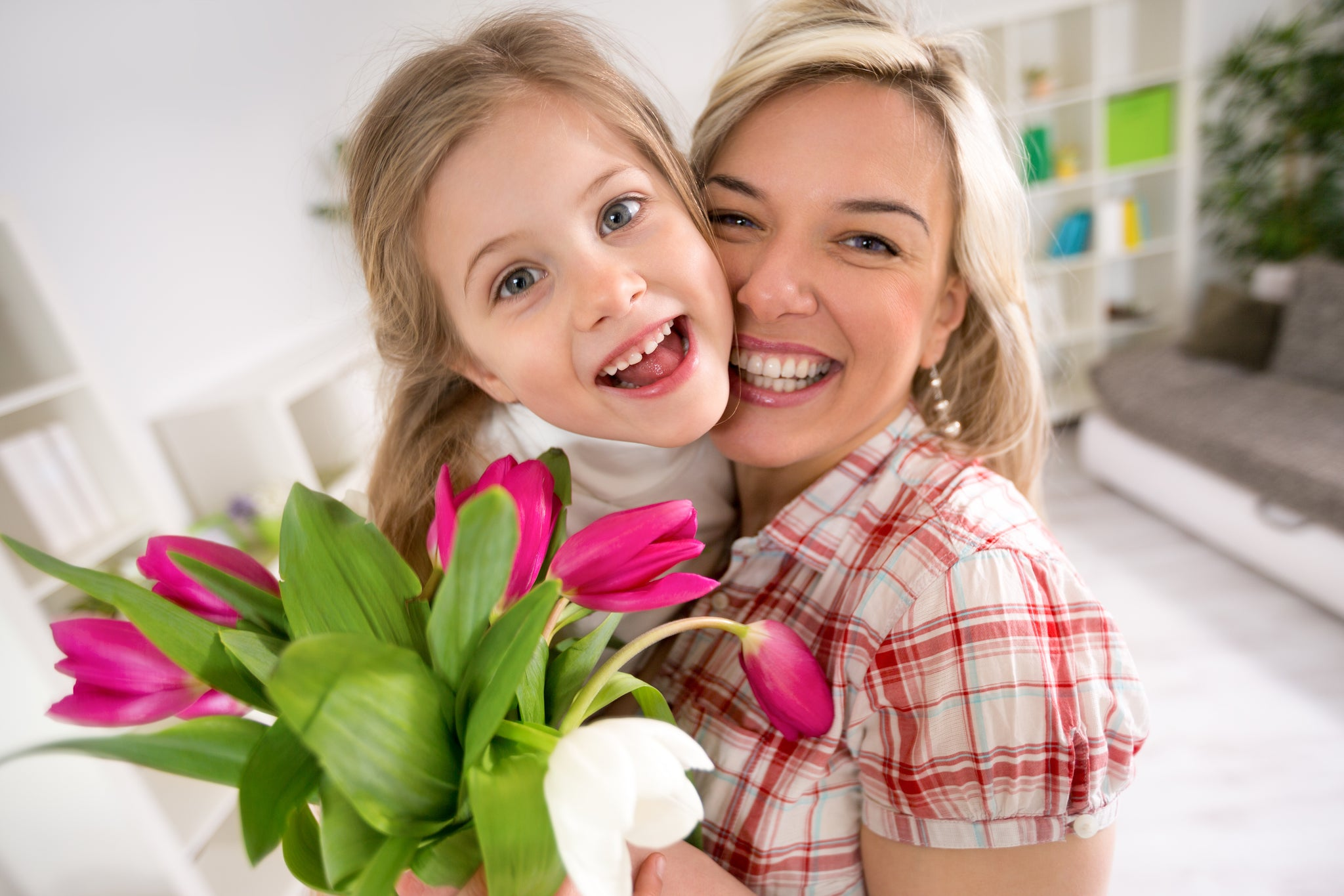 Five Simple Ways To Help Mom Destress This Mother's Day
