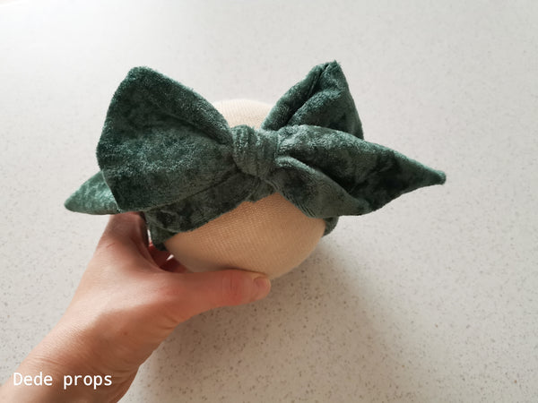 HANA BIG BOW- NEWBORN SIZE