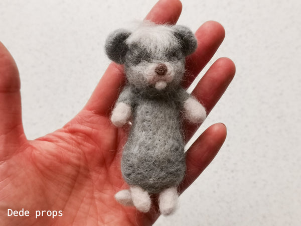 MOUSE - hand felted newborn prop