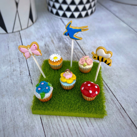 Re-Ment Fairytale Sweets #4 Thumbelina Cupcakes