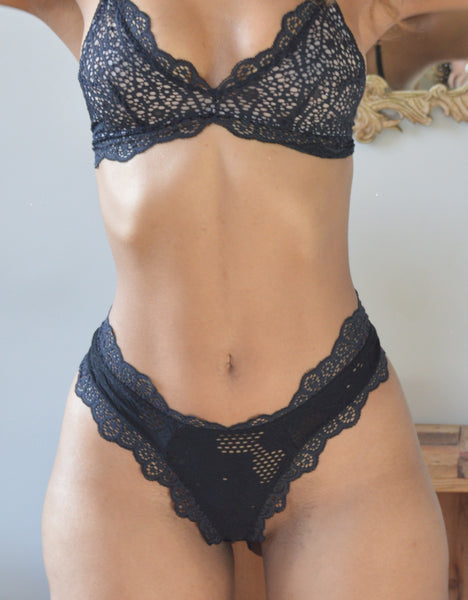 tapered lace mid thong