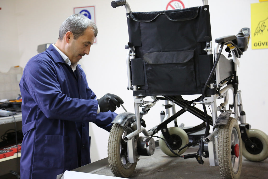 7 Maintenance Tips To Keep Your Electric Wheelchair Running Smoothly