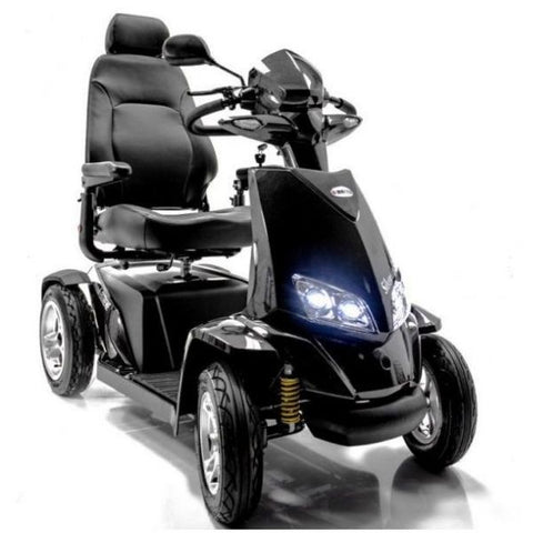 Merits S941L Silverado Extreme Bariatric Scooter Front View and Headlights View