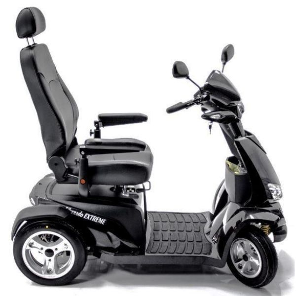 Merits S941L Silverado Extreme Bariatric Mobility Scooter Side View