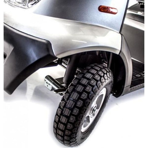 AFIKIM Afiscooter S 4-Wheel Scooter Front Wheel View