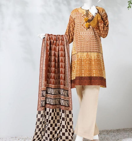 Latest Pakistani Cultural Dresses for Women in Winter