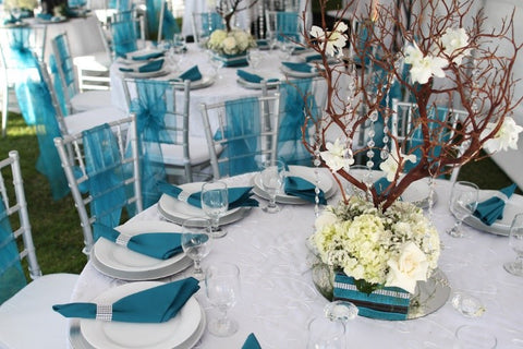 Choosing Theme for Wedding Color Combinations at NameerabyFarooq