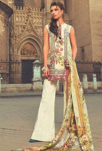Designer Pakistani Clothes Online at Nameera by Farooq