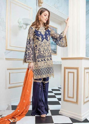Latest Pakistani Designer Dresses Online at Nameera by Farooq