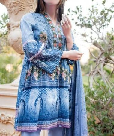 Latest Traditional Pakistani Eid Dresses Suit for 3 Days of Eid 2019 at NameerabyFarooq