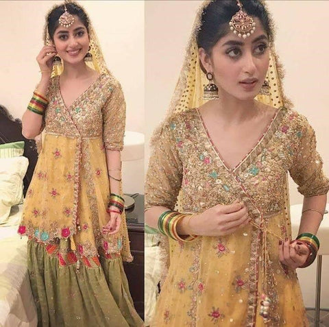 Pakistani Wedding Mehndi Attires Online at Nameera by Farooq