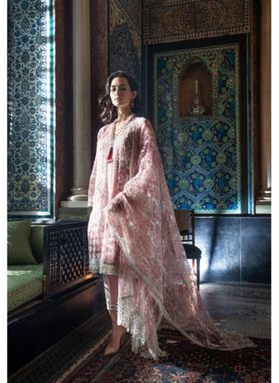 Pakistani dress as per latest Eid trends 2019
