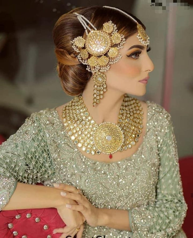 Bridal Gold Kundan Heavy Necklace SideLook