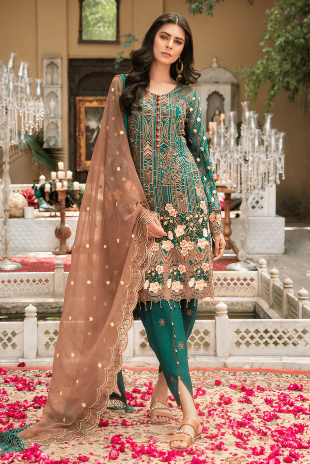 Buy Pakistani clothes online cheap in USA