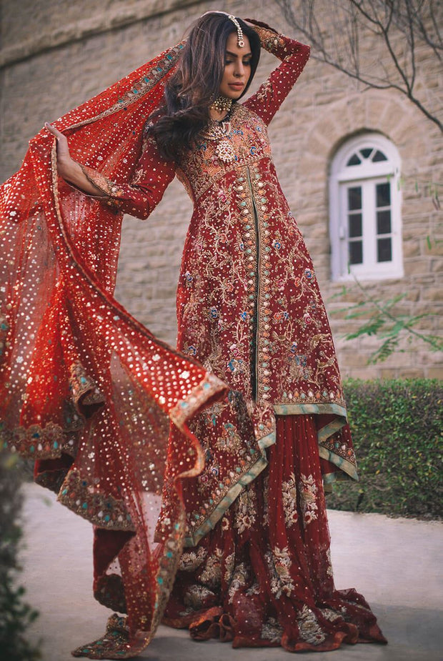 Pakistani deep red lehnga for bridal with mukaish work