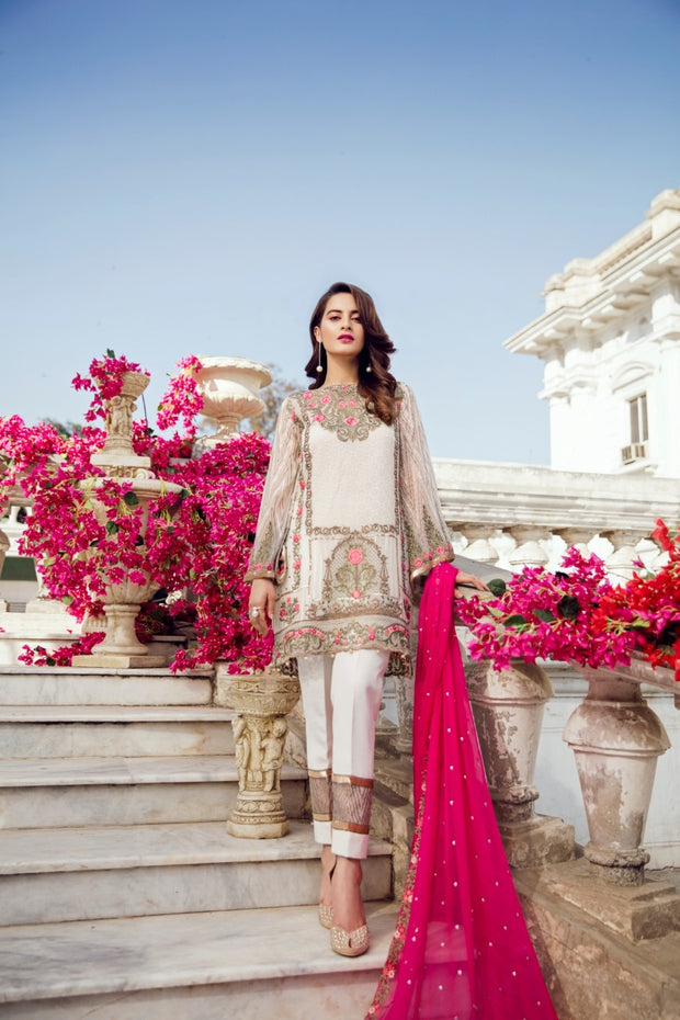 Beautiful chiffon dress by Imrozia in off whit and shoking pink color