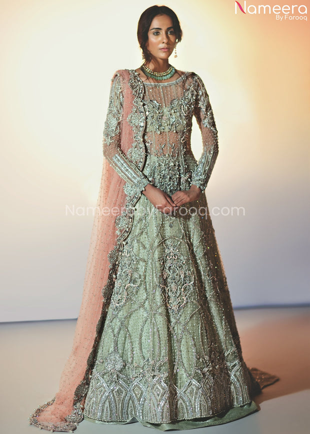 Elegant Pakistani Bridal Maxi for Wedding Online Overall Look