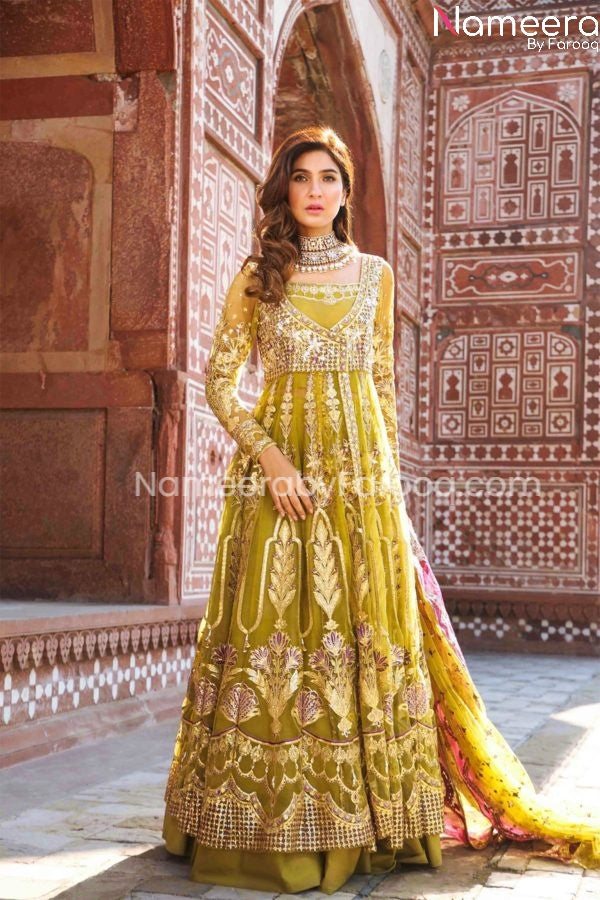 Embroidered Pakistani Wedding Wears in Maxi Style
