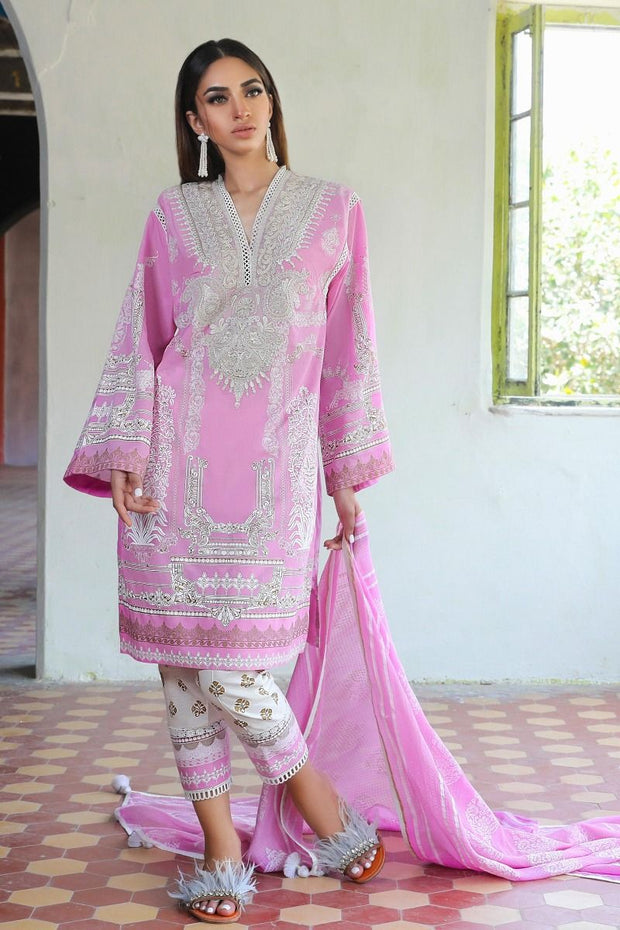 Embroidered Pakistani kurta for ladies with trouser