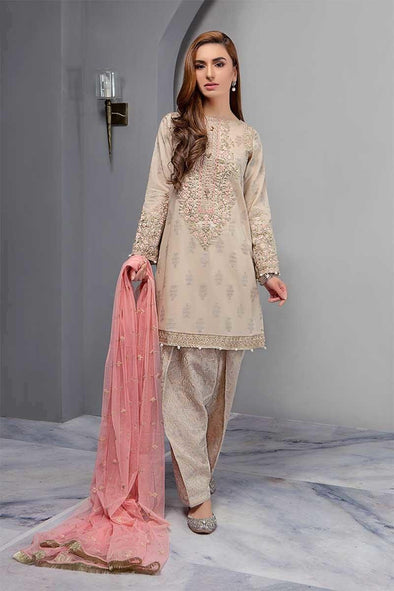 Asian Shlwar Suit By Maria B.Work Emballished With Dhaga Tilla Embroidery And Patches Work.