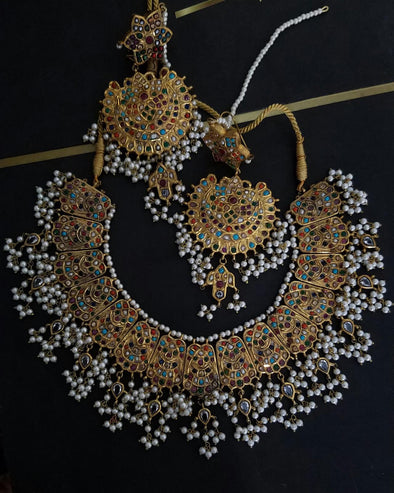 Gold Kundan Necklace with White Moti