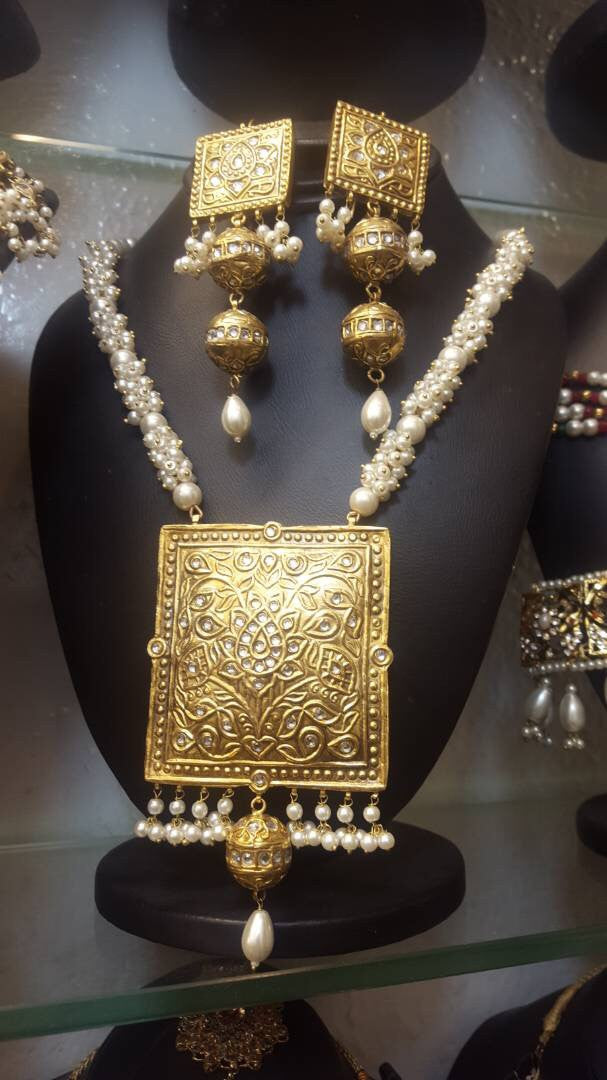 Kundan set with jhumka Model#Kundan 21Kundan