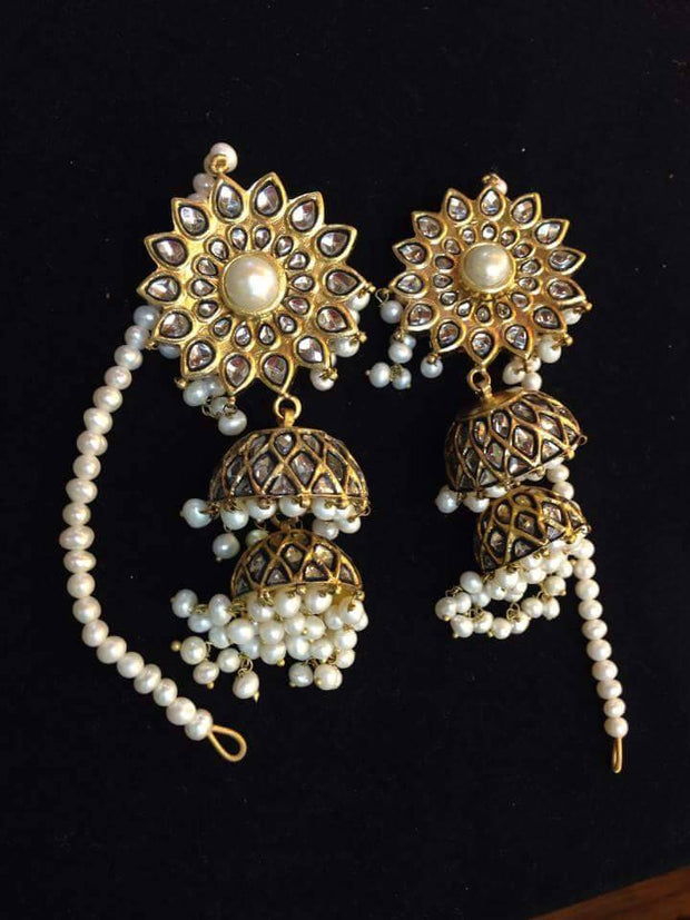 Kundan jhumka in white and gold Model#Kundan 22