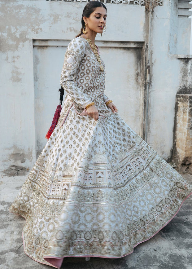 Indian Bridal Lehnga Dress in White Color Side Look