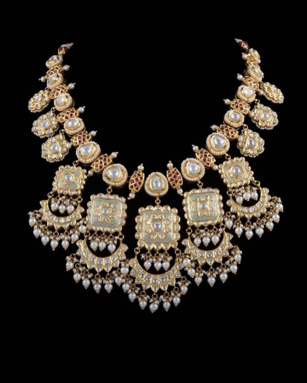 Kundan Jewellery Set with Heavy Pearls