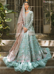 Latest Pakistani Lehenga Design for Walima 2021 Model Look