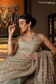 Latest Pakistani Saree Online for Wedding Party Blouse Look