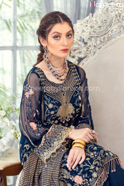 Pakistani Beautiful Wedding Party Dresses 2021 Neckline Work View