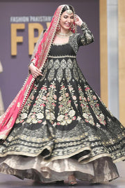 Pakistani Bridal Froke with Pink Shawl for Wedding